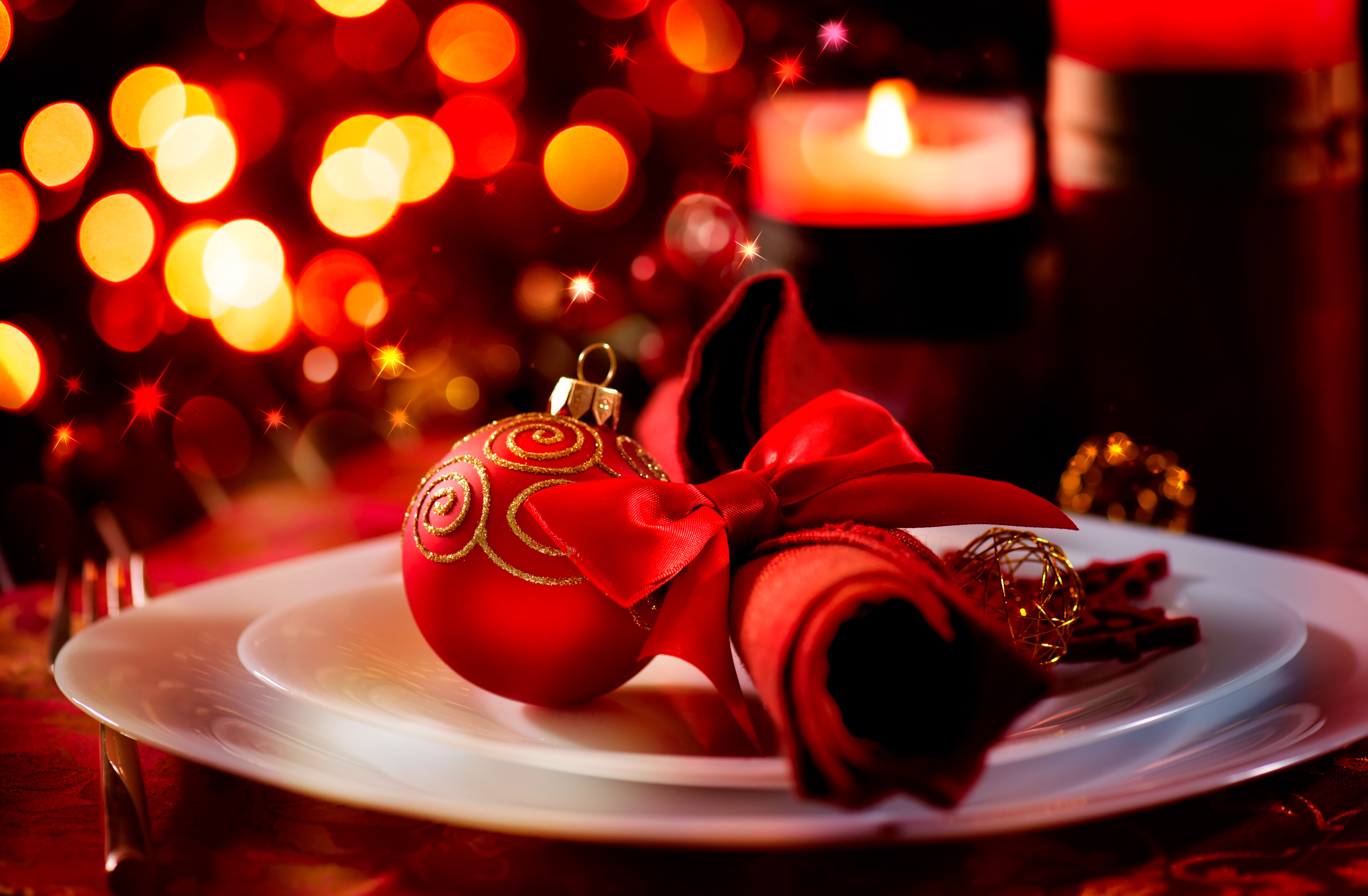 Holiday Restaurant Decoration